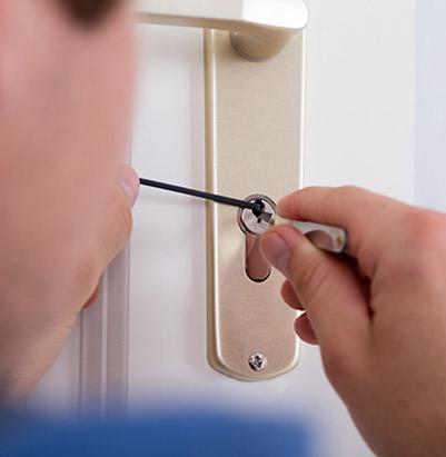 awaryjne-otwieranie-drzwi-mieszkan-tychy-01